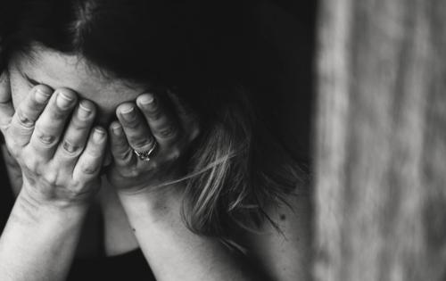 10 coisas que pessoas ansiosas fazem com frequência